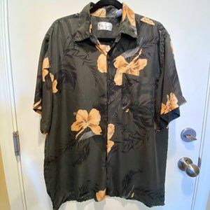 Bill Blass 100% Silk Hawaiian Shirt with pocket.